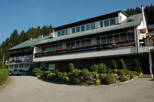 Hotel Permoník