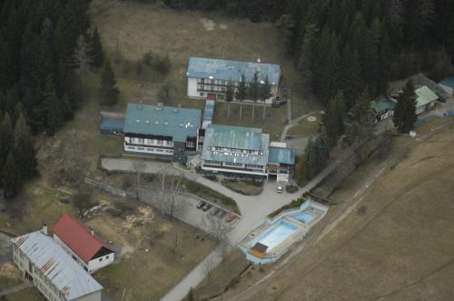 Hotel Permoník pohled z helikoptéry